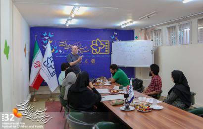 کارگاه طراحی پوستر «فرشید مثقالی» در اصفهان
