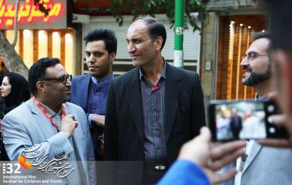 گزارش تصویری / حضور رئیس شورای شهر در گذر فرهنگی چهارباغ به مناسبت سی و دومین جشنواره بین المللی فیلم های کودکان و نوجوانان