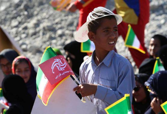 گزارش تصویری/ کاروان «بچههای آفتاب» در روستای بلپیر، از توابع شهرستان نیکشهر، ۱۷ بهمن ۹۸