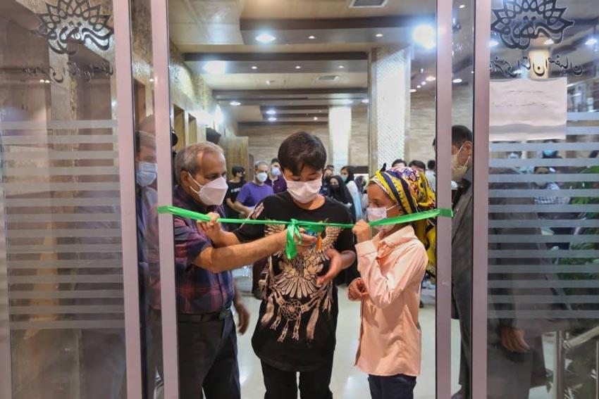 آیین گرامیداشت روز ملی سینما و افتتاحیه نمایشگاه پوسترهای ادوار جشنواره فیلم کودک در اصفهان برگزار شد